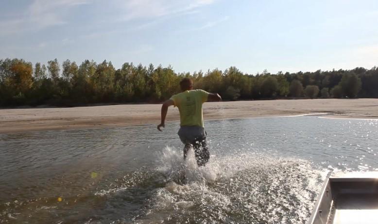 Alex running to Liberland
